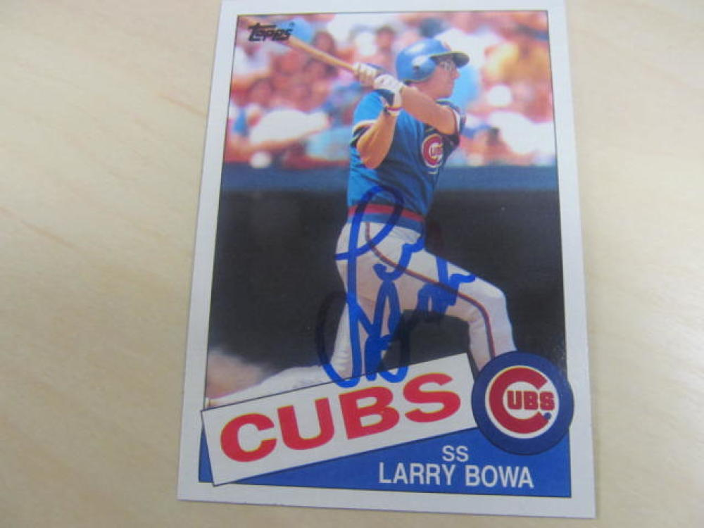 Larry Bowa Chicago Cubs Signed 1985 Topps Card COA